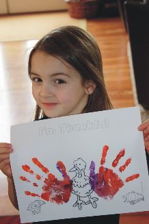 Thankful Turkey Coloring Craft for Kids: Go here to print out your FREE I'm Thankful Turkey template! My kids and I had a ball making these...super easy and fun, and a thankful turkey is always a great way to put your life in perspective! We do a thankful turkey each year so that I can watch those little hands grow along with our thankfulness! If you get extra creative, you can also glue things onto this craft: feathers, gems, noodles ... dress up your thankful turkey for a festive holiday ...