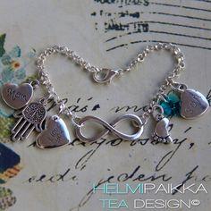 Tilaustyönä Mom - son rannekoru hamsakäsi amuletilla <3 Tilaa omaksi täältä http://www.helmipaikka.fi/tuotteet.html?id=14/3228