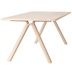 Split dining table by Muuto. Design by Staffan Holm.