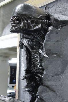 Xenomorph Facehugger 1/2 scale Size: H28cm x W19cm W x D12.5cm Material: Super Sculpey & Super Sculpey Firm