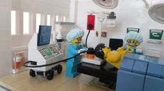 LEGO Ideas - Operating Room Lego Furniture, Building Furniture, Cross Wall Art, Wall Crosses, Legos, Lego Hospital, Simple Canvas Paintings, Lego Architecture, Lego Creator