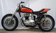 Ideas For Dirt Bike Track Ideas Cafe Racers Dirt Bike Track, Flat Track Motorcycle, Flat Track Racing, Tracker Motorcycle, Triumph Motorbikes, Triumph Motorcycles, Triumph Bonneville, Bobber Custom, Custom Bikes