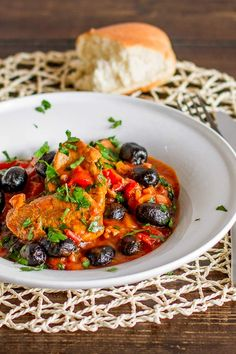 PORK AND OLIVE STEW. Delicious authentic Romanian dish featuring an unusual combination of pork tenderloin and black olives. Olives, Pork Recipes, Cooking Recipes, Healthy Recipes, Romania Food, International Recipes, Main Meals, Soups And Stews, Stuffed Peppers