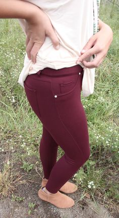 The perfect jeggings to wear this season that fit great under boots! We recommend to go up a size for a more comfortable fit. These do have a stretch to them and also have accent crystal stud by pocke