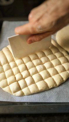 Tasty Bread Recipe, Baked Cheesecake Recipe, Kitchen Recipes, Baking Recipes, Cocina Light, Bread Winners, German Baking, Cooking Bread, Miniature Food
