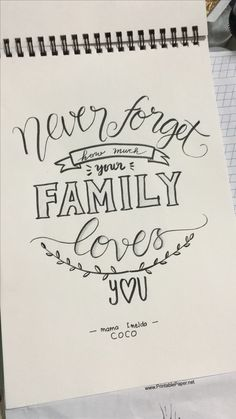 Never forget Howe mich your Familie Lobes you calligraphy quotes Calligraphy Quotes Doodles, Doodle Quotes, Hand Lettering Quotes, Calligraphy Practice, Calligraphy Pens, Caligraphy, Bullet Journal Quotes, Bullet Journal Ideas Pages, Bullet Journal Inspiration