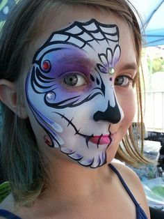 Half sugar skull by Mai Adult Face Painting, Skull Painting, Face Painting Designs, Body Painting, Sugar Skull Face Paint, Sugar Skull Makeup, Sugar Skulls, Halloween Makeup, Halloween Face