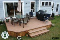Deck plan for a medium size, low, single level deck. Building Design Plan, Building A Deck, Building Plans, Low Deck, Easy Deck, Laying Decking, Deck Construction, Deck Builders, Deck Plans