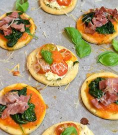 Bruschetta, Finger Foods, Vegetable Pizza, Easy Meals, Food And Drink, Sweets, Snacks, Cooking, Healthy
