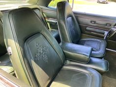 4th of July buy! 1971 New Yorker sunroof 440 | For C Bodies Only Classic Mopar Forum Chrysler New Yorker, Cool Patterns, Mopar, Cool Cars, 4th Of July, Bodies, Car Seats, Classic, Derby