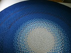 braided rug from recycled t-shirts
