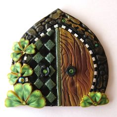 Royal Shamrock Fairy Door Lucky Clover Pixie Portal by Claybykim