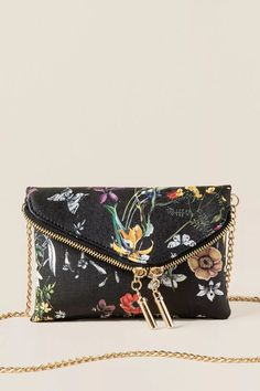 Lucia Floral Crossbody Clutch features a floral clutch that has a zipper closure on the flap and a small inside pocket & card slots. Crossbody Clutch, Clutch Purse, Floral Clutches, Designer Wallets, Passion For Fashion, Purses And Bags, Zip Around Wallet, Handbags, Stylish