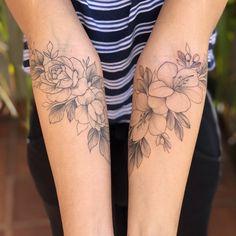 The Best Minimalist Tattoo Ideas - My Minimalist Living Little Tattoos, Love Tattoos, Unique Tattoos, Beautiful Tattoos, Body Art Tattoos, Small Tattoos, Tatoos, Piercing Tattoo, Arm Tattoo