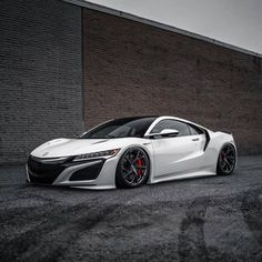 When Style Meets Performance: Exotic Cars 101 New Luxury Cars, Luxury Suv, Acura Nsx, Acura Supercar, Car Racer, Cars And Coffee, Japanese Cars, Hot Cars, Exotic Cars