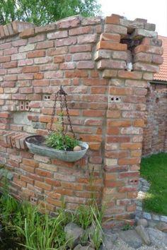 Gartenruine, Ruinenmauern, Mauer im Garten... herrlich romantisch ...