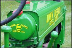 1937 John Deere B