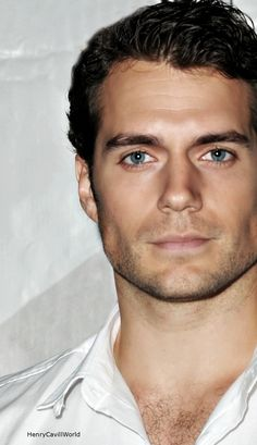 Beautiful eyes... Henry Cavill <3. I want to eat that beautiful man!!