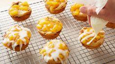 2-Ingredient Peach Pie Cups Recipe - Pillsbury.com Pillsbury Cinnamon Rolls, Cinnamon Roll Dough, Pillsbury Recipes, Dessert Cups, Dessert Recipes, Dessert Tarts, Dessert Ideas, Delicious Desserts, Breakfast Recipes