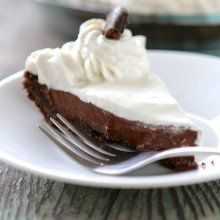 Thin Mint Cream Pie   Girl Scout Cookie Giveaway! at laurenslatest.com