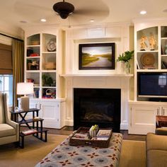 Traditional Living Room Built In Bookcase Design, Pictures, Remodel, Decor and Ideas - page 5 Built In Around Fireplace, Tv Over Fireplace, Living Room With Fireplace, Fireplace Surrounds, My Living Room, Home And Living, Fireplace Wall, Small Living, Fireplace Ideas