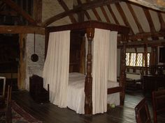 Lewes, East Sussex, England~Four poster bed at Anne of Cleves house. Photo: Elizabeth Atwood