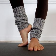Cozy Grey Crochet Leg Warmers - Ajalove via Etsy