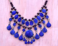 Collar babero de Cassidy, collar de lapislázuli afgano Kuchi azul, joyas Kuchi, 3 cordones, bohemio, Hippie, collar étnico, Festival, Boho gitanos collar de CraftEastShop en Etsy https://www.etsy.com/es/listing/211341050/collar-babero-de-cassidy-collar-de