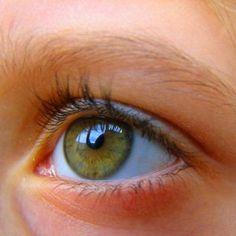 FDA Aims to Study How People Perceive Food Label Information by Tracking Eye Movement. 미국 FDA는 사람들이 식품 라벨정보를 어떻게 획득하는지 시선추적을 통해 연구하려고 합니다.
