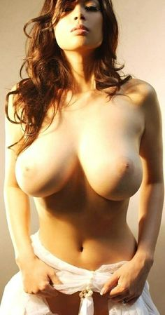 Flbp sexy tits naked