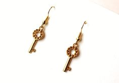Earrings with keys from Especially for You available on http://en.dawanda.com/shop/Especially-4-You