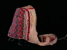 Description: Hat (Designation) Dreglehuve (Alternative name - Dialect) History: Use: Use Location: Norway, Telemark, Fyresdal Accession: 1992 (Deposited with the Norwegian Folk Museum) Others: 1880 (Purchased by Nordic Museum) Identification.: NF.1992-2022 Owner: Norwegian Folk Museum