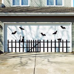 Eerie Outdoor Halloween Decorations---totally going to do this to our door