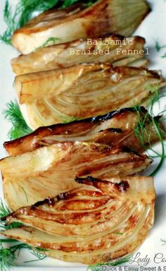 Balsamic Braised Fennel is a delicious side dish to add to any meal. You can make braised fennel for appetizers, add it to a party buffet table or Holidays Zatar Recipes, Fennel Recipes, Vegetable Recipes, Vegetarian Recipes, Cooking Recipes, Healthy Recipes, Yummy Recipes, Baked Fennel, Roasted Fennel