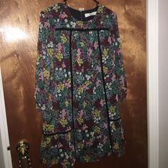 I just discovered this while shopping on Poshmark: Loft floral dress 0 petite never worn   NWT. Check it out!  Size: XSP, listed by tinask8s