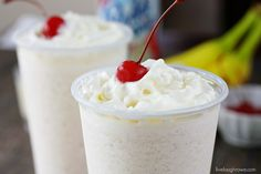 BBC Frozen Drink   Bailey's Banana Colada :)
