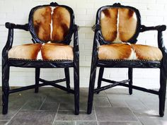 Springbok Skin Chairs from our friend Zack in Texas! Cowhide Furniture, Cowhide Rugs, Dining Chairs, Dining Room, Knick Knack, Cow Hide, Carpet Tiles, Rustic Elegance, Apartment Living