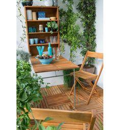 Un mobilier d'extérieur en bois exotique