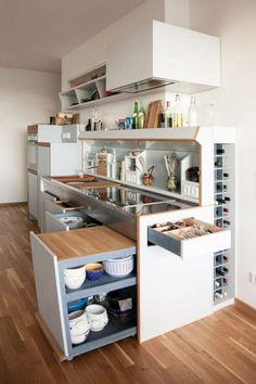 Dar ve sıkışık bir mutfak nasıl daha kullanışlı hale getiril…
