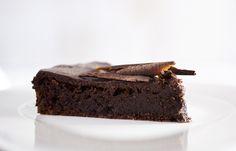 Ultra Rich, Moist, Dense Chocolate Cake (flourless)