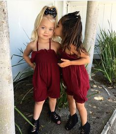 ♡meet thease two cute besties Ever and Ava! Wearing two beautiful Red outfits and Nice Black shoes