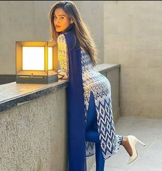 Beautiful Girl Indian, Most Beautiful Indian Actress, Beautiful Saree, Beautiful Actresses, Beauty Full Girl, Beauty Women, Beauty Girls, Curvy Girl Outfits, Model Outfits
