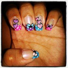 Diseño de uñas lazo y corazones #uñas #nails #diseñodeuñas #COSTARICA #lazo #corazones