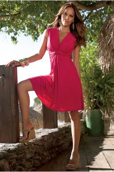 Love the color, love the flow - great spring/summer casual dress