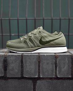 sports shoes c8f40 bacd9 Nike Flyknit Trainer  Olive