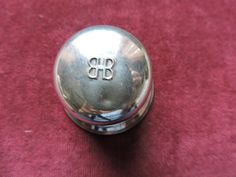 Birks Double BB Domed Top Single Ring Box Velvet Ring Placement Canada's Jeweler Regency Silver Plated In Excellent Condition Vintage Crafts, Vintage Items, Top Single, Blue Square, Regency, Black Velvet, Gifts For Him, Jewelry Stores, Silver Plate