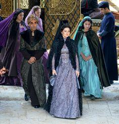 Muhtesem Yuzyil Kosem season 2- 2x01, Kosem Sultan