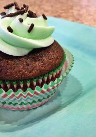 emma the joy: perfect chocolate cupcakes.