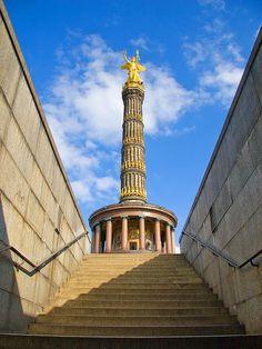 Berlin | Siegessäule | ^ 280° < ~ fi fm? znam msg ? > https://de.pinterest.com/waldemar_domans/berlin/