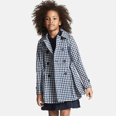 Classic details from buttoned epaulettes to a rear storm flap make this gingham Girls Trench Coat forever elegant. Tailored for children, the trench features a sewn-in bow belt that won't get lost plus a helpful name tag along the interior that ensures any wayward coat can easily be found again.<br><br>• Peter Pan collar<br>• Long sleeve<br>• Buttoned side pockets<br>• Attached name tag